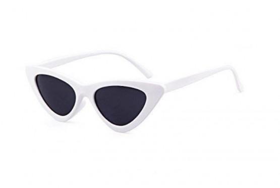 49fd033236669 A volta dos óculos de sol dos anos 90  Estilo gatinho é tendência ...